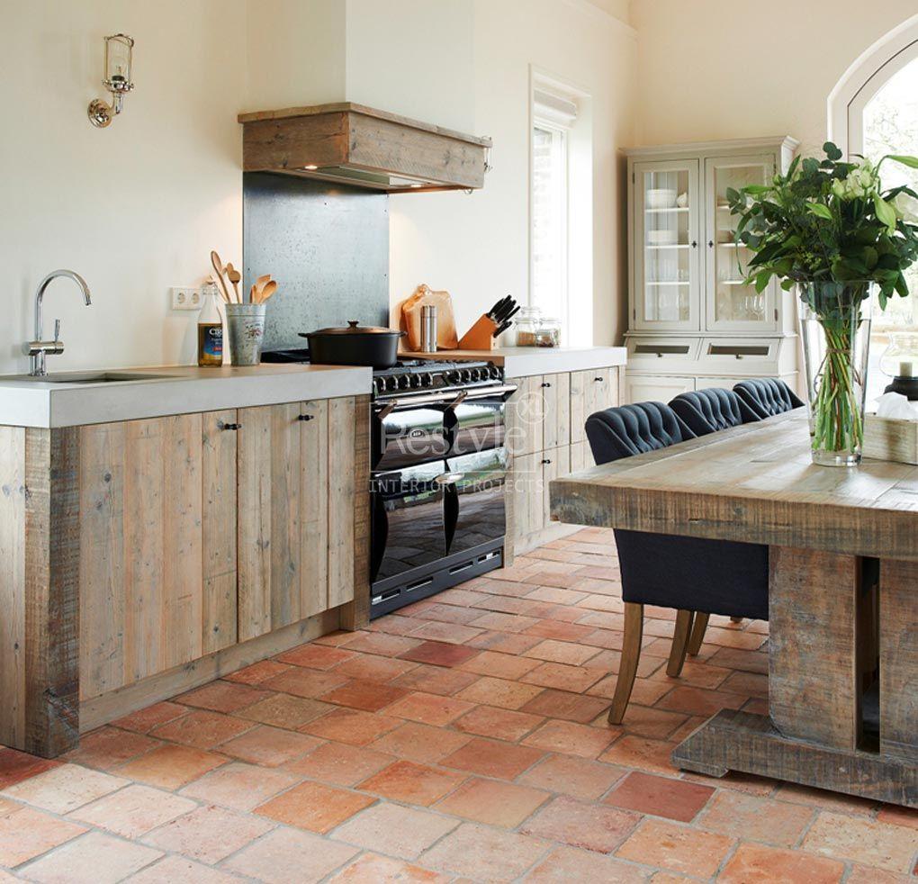 Landelijke keuken met eiland hout google zoeken idee n voor het huis pinterest keuken - Deco keuken oud land ...