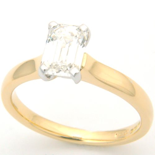 Emerald ring leeds