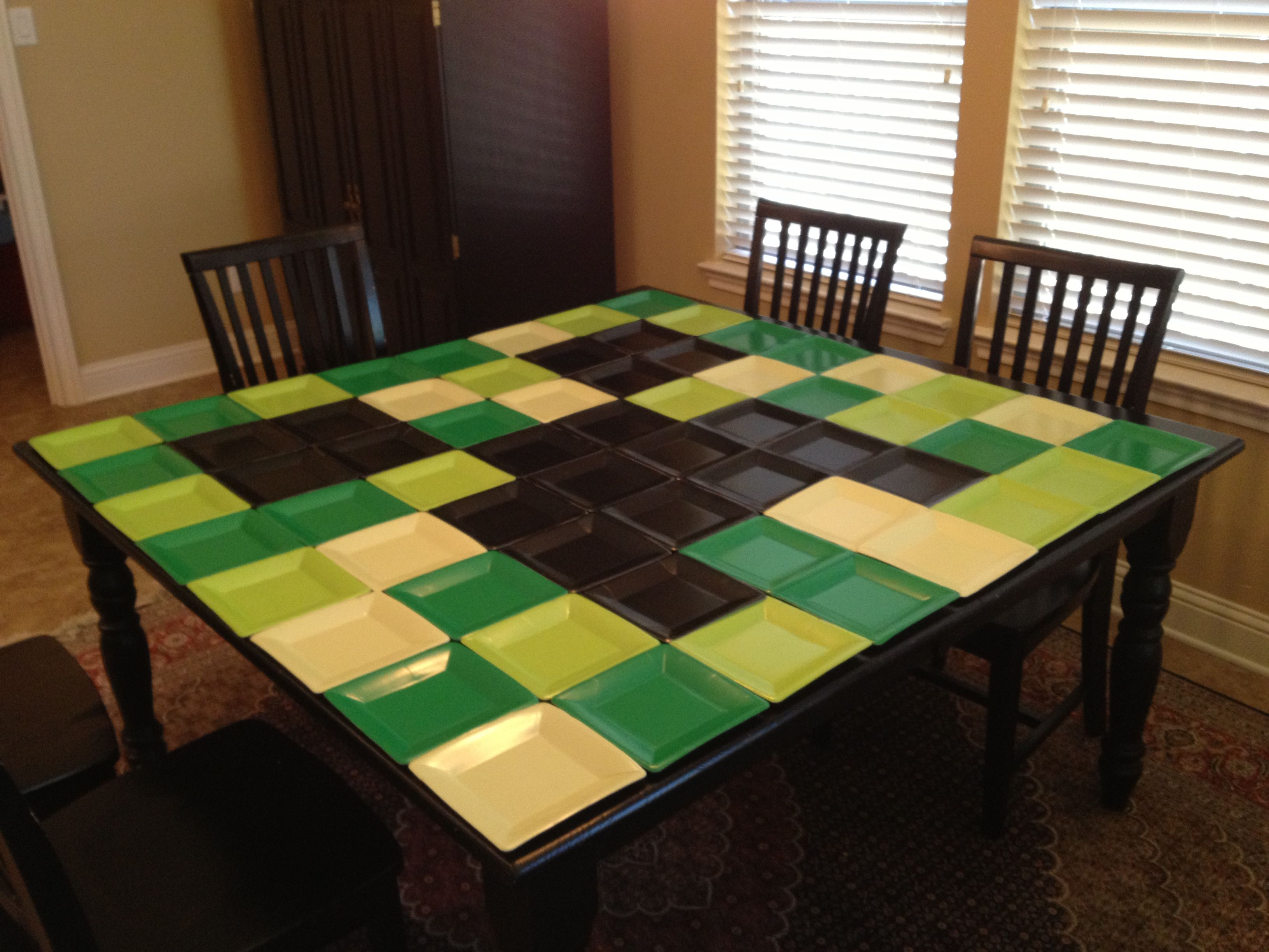 Minecraft Kitchen Table Minecraft creeper so could do this on kitchen tableybe minecraft creeper so could do this on kitchen tableybe putting a dark grayish tablecloth and use the square paper plates turned upside down and cover workwithnaturefo