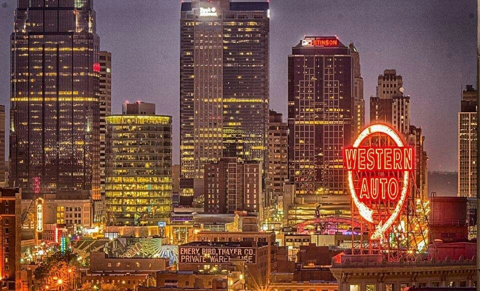My Favorite Shot Of Downtown Kc Wiconic Western Auto Sign Which