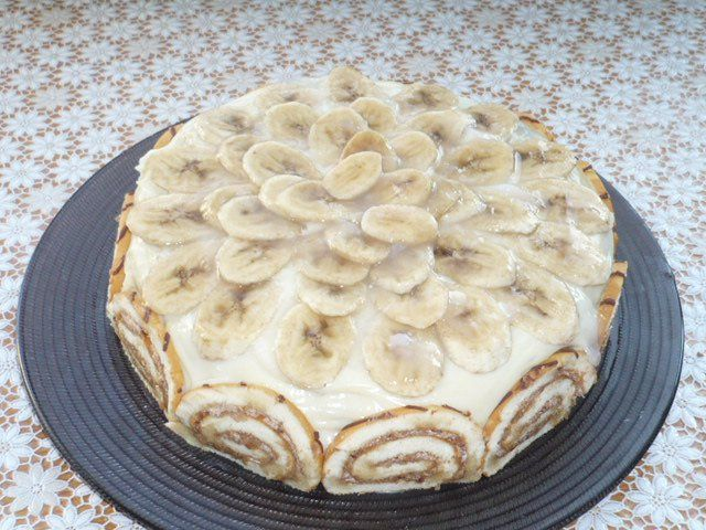 muzlu yaş pasta - banana cake