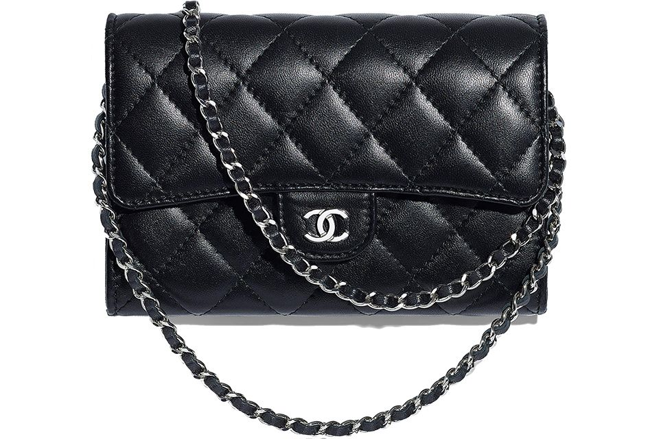 4a931010f99a Let's compare the new Chanel Classic Chain Clutch with the WOC and flap  wallet, see more here.
