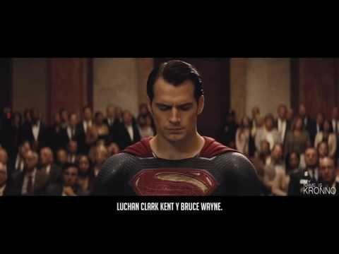 BATMAN VS SUPERMAN EPIC ROCK RAP PLAY KRONNO ZOMBER Videoclip Oficial YouTube