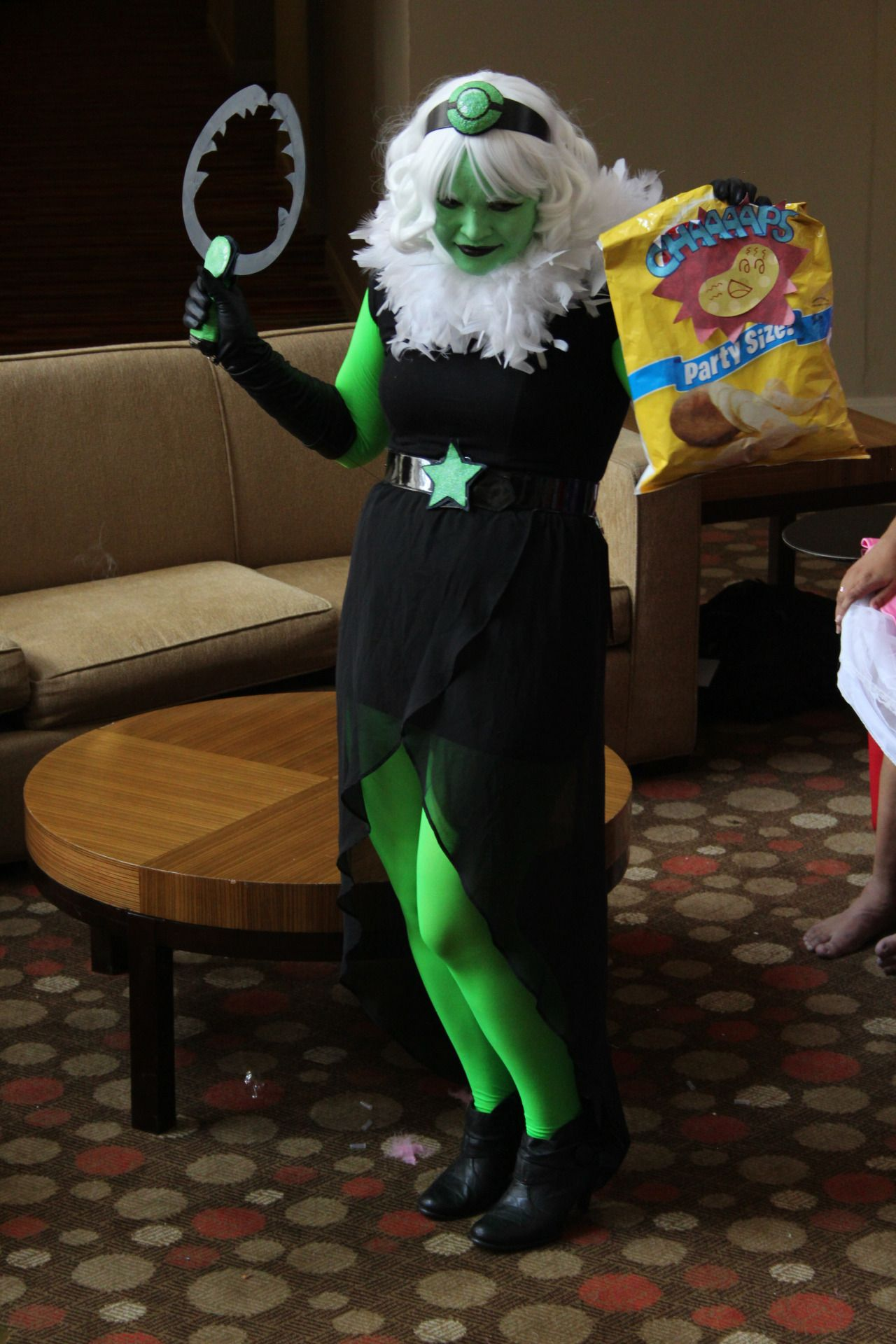 Steven Universe Cosplay Help and Showcase!
