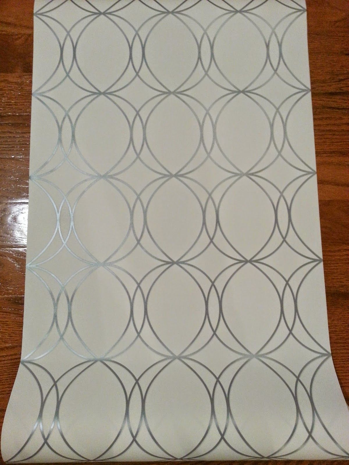 Allen Roth White Silver Circles Wallpaper