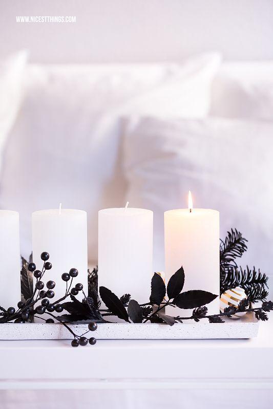diy adventskranz in schwarz weiss kreafunk kopfh rer weihnachten diy pinterest deko. Black Bedroom Furniture Sets. Home Design Ideas