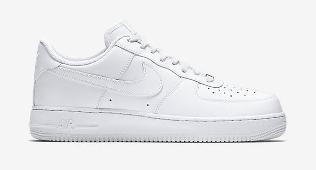 c835978ef480 basket-blanche-homme-nike-air-force-1