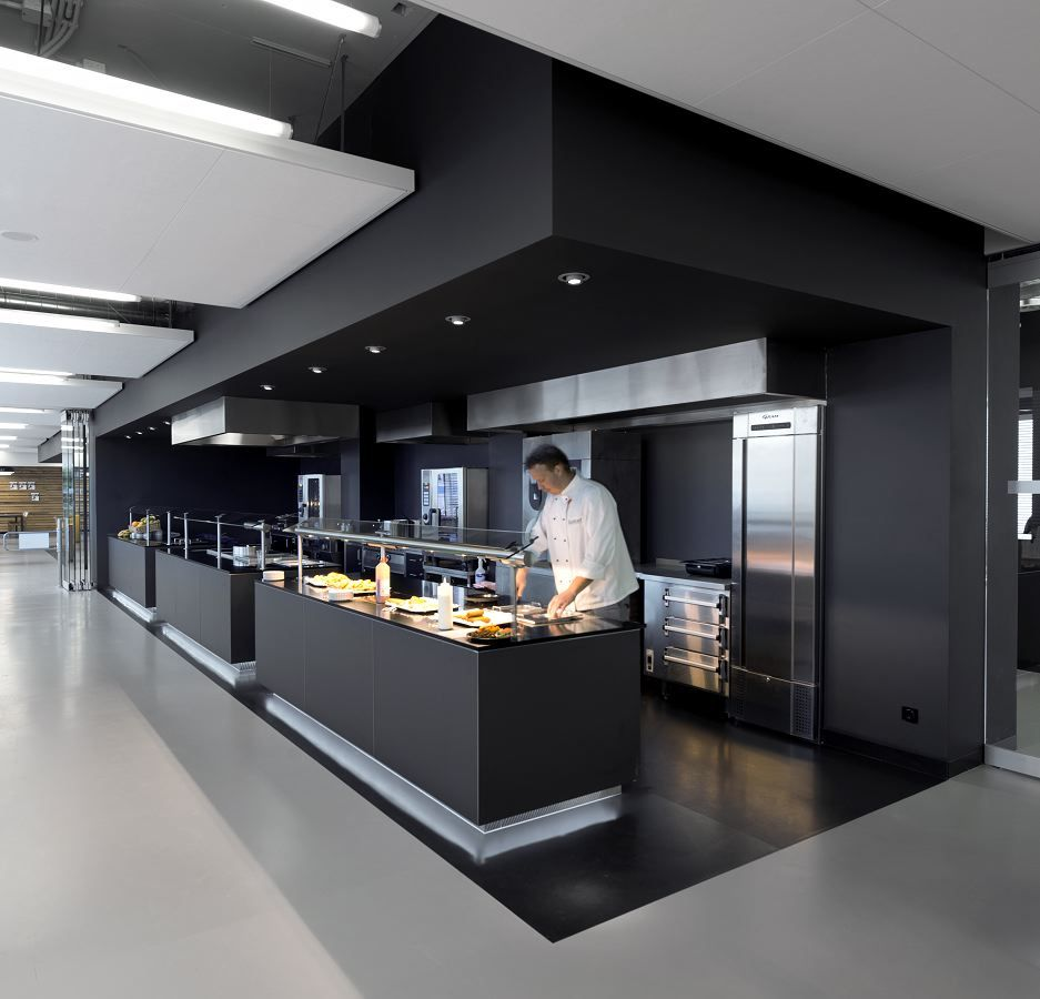 Commercial kitchen in a campus the soffits are amazing in for Best commercial kitchen designs