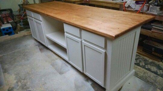 White Kitchen Island With Epoxy 2x6 Countertop Kitchen Trends