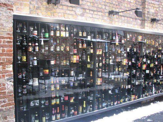 Foto van 2be Beer Wall