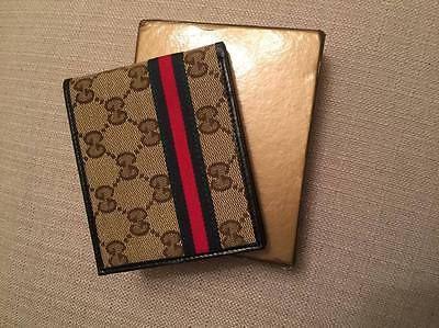 Gucci mens wallet https://t.co/rhGPx48GTm https://t.co/VsHXlMIC8H