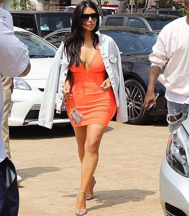 Kim colorida e de comprimento grato, isso precisa ser registrado pra posteridade