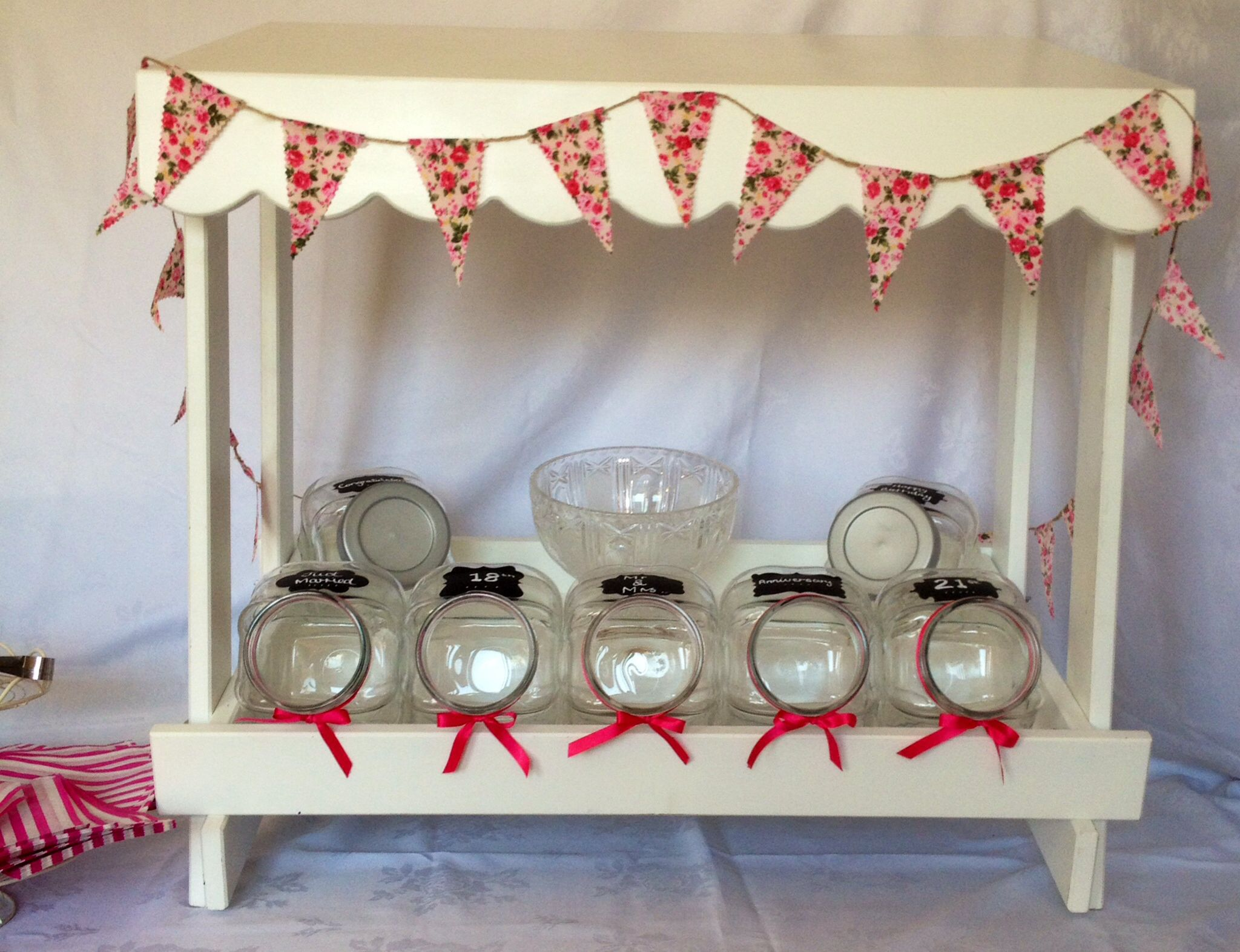 Our diy table top candy cart for hire from £ includes