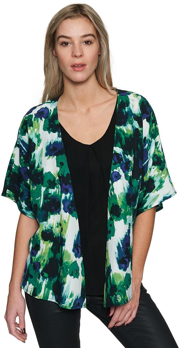 Kimono-Jacke mit abstraktem Print für Frauen (gemustert, halb-Arm und offen geschnitten) aus feinem Twill, Metall-Coin mit Logo-Prägung. Material: 100 % Lyocell...