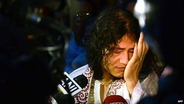 #India Hunger Striker #IromSharmila to be Freed !!!  An #Indian #court has ordered the release of a woman who has been on hunger strike for 14 years in protest at special powers used against rebels.  See here: http://goo.gl/fu6V7A