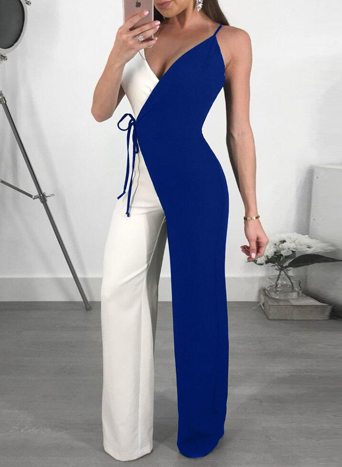 96c82df55c6 V Neck Sleeveless Contrast Color Wide Leg Jumpsuits in 2019 ...