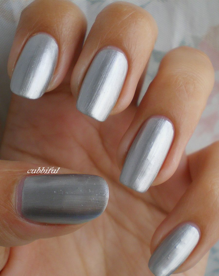 30 Quick and Easy Silver Nail Design ideas 2015 #silvernails #nailart2015  #naildesigns2015 - 30 Quick And Easy Silver Nail Design Ideas 2015 #silvernails