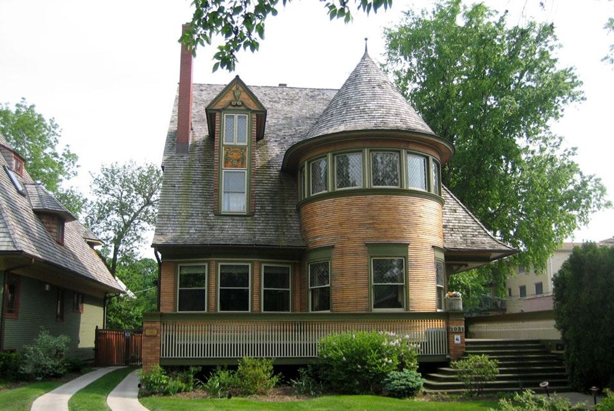 Bay window design exterior  the walter gale house queen anne in style yet features window