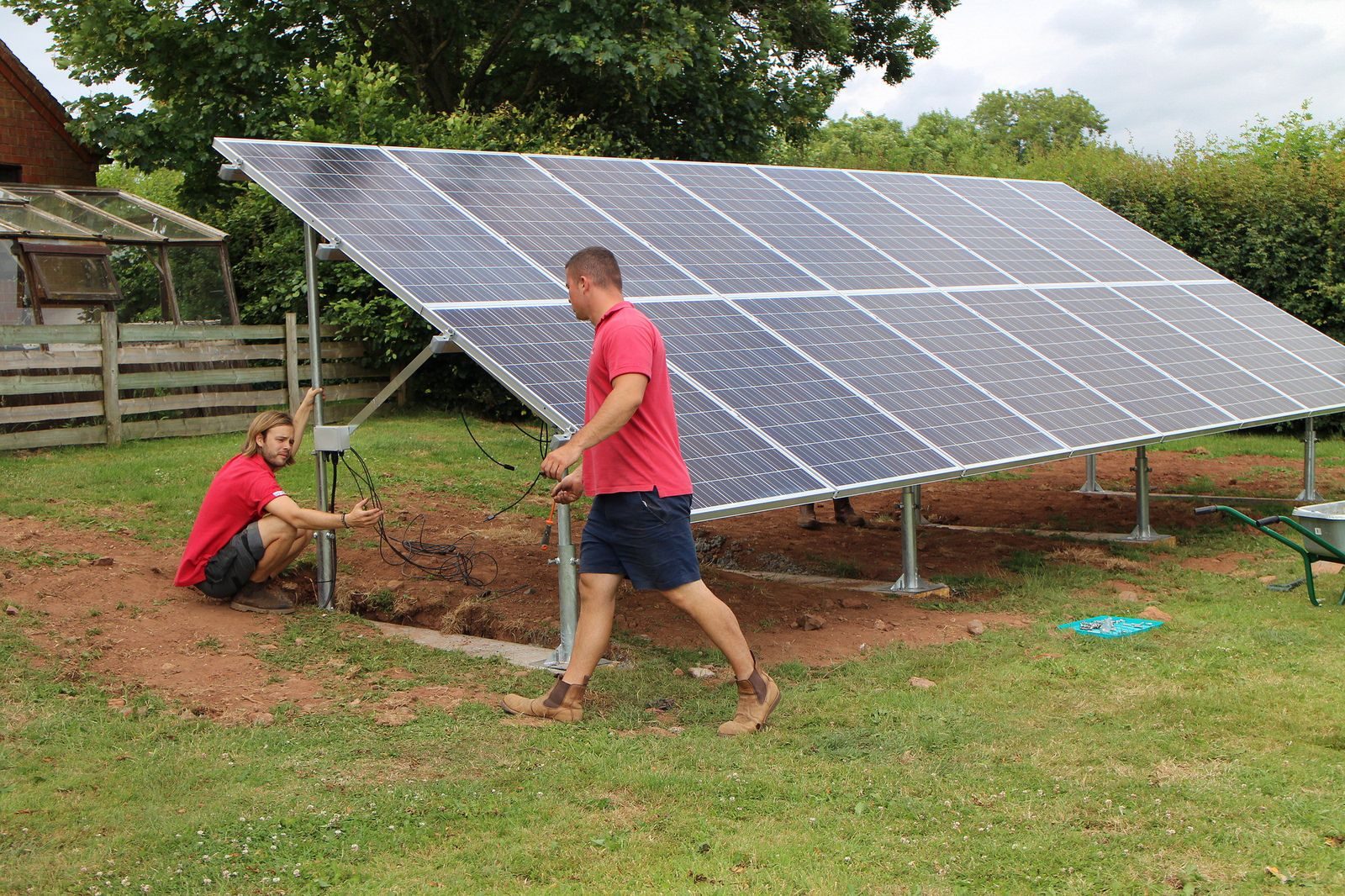 4kw Ground Mount Solar Pv System Kilcot Newent Solar Pv Systems Solar Pv Solar