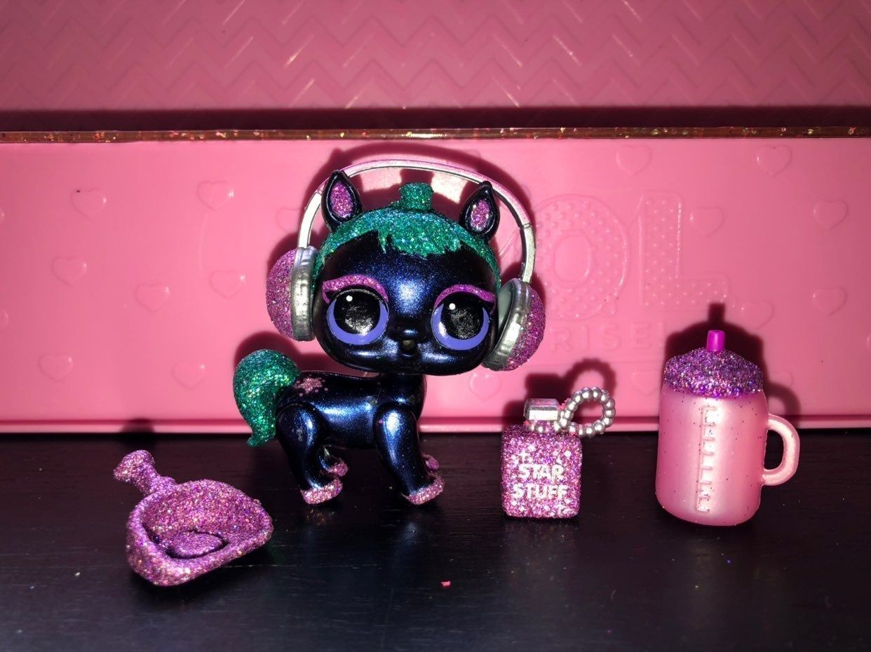 Cosmic Rider Fuzzy Pets Series Wave Two This Pet Complete With Her Accessories I Cannot Be Held Responsible For Any Manufactu Cosmic Doll Accessories Me Clean