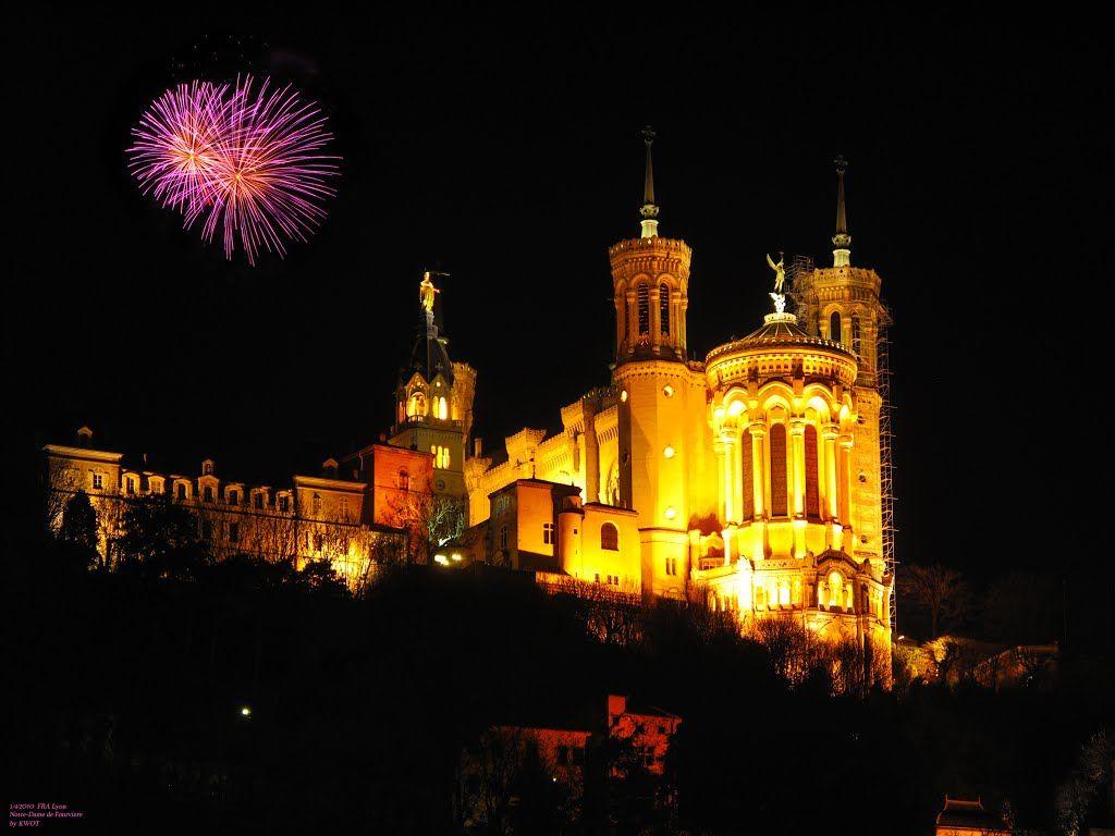 FRA Lyon Notre-Dame de Fourvière de noite por KWOT