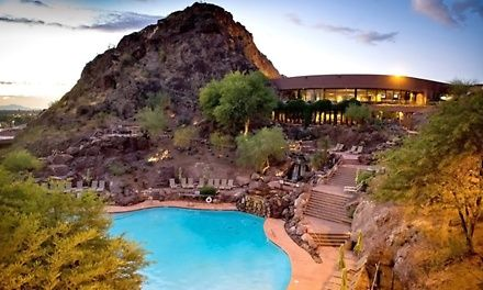 Stay With Optional Dining Credit And Parking At Phoenix Marriott
