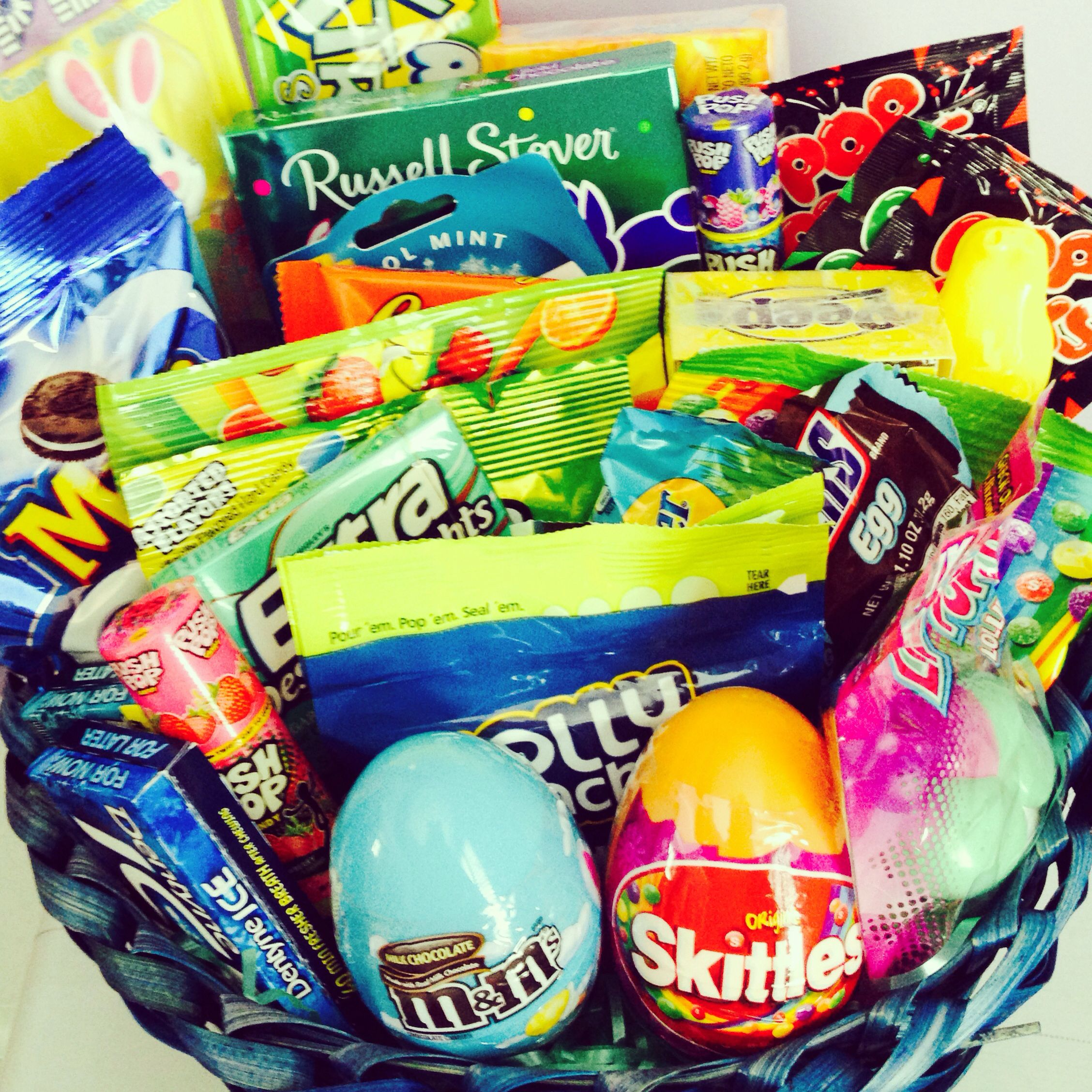 Easter basket for girlfriendboyfriend im so hoppy youre in my easter basket i made for my boyfriend full of his favorite candies negle