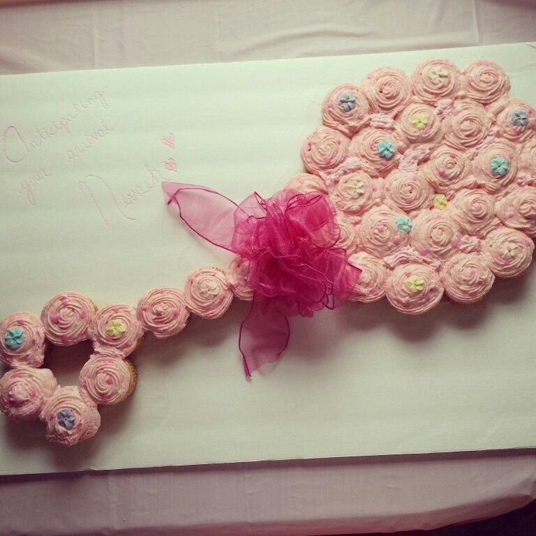 cupcakes baby girl cupcakes girl shower bridal showers baby shower