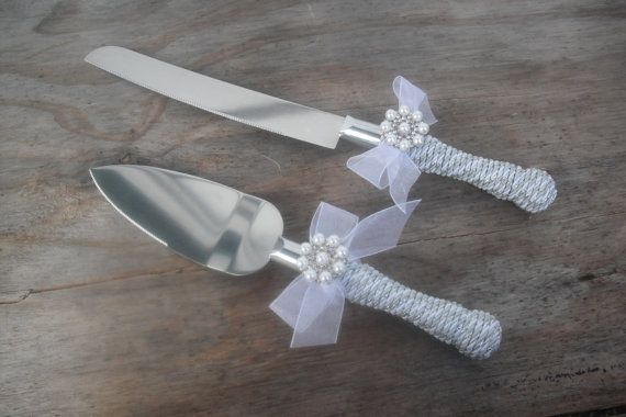 White Wedding Cake Knife Serving Set, Pearl wedding cake serving set, Great Gatsby cake knife, Vintage Cake Knife