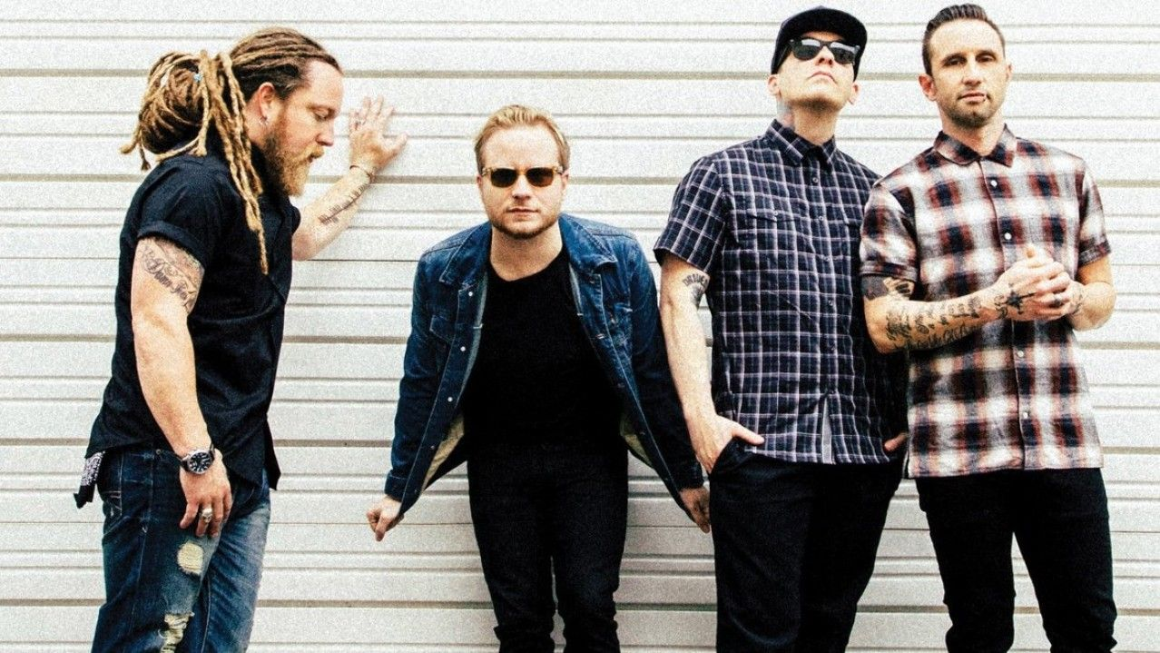 Shinedown Say Honesty Is Key To Their Music Brent Smith Shinedown