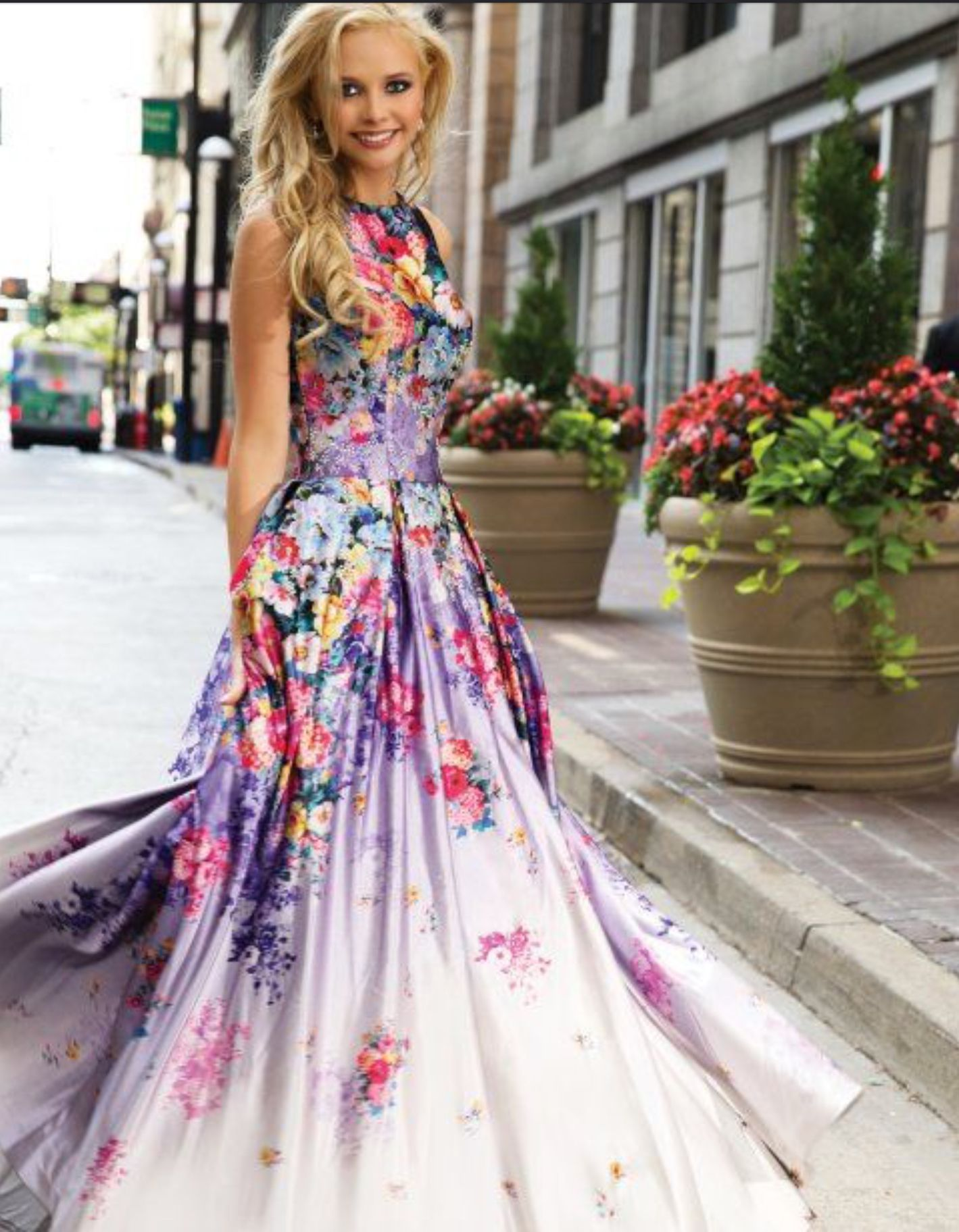 Long summer dress flowers white and purple beautiful clothes