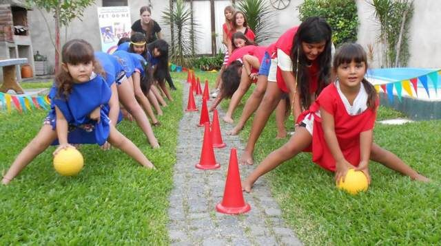 25 best ideas about juegos de fiestas infantiles on pinterest actividades para fiestas de for Juegos para jardin nios