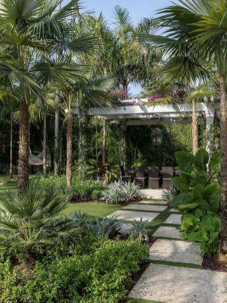 60 Warm Tropical Backyard Landscaping Ideas Tropical Backyard
