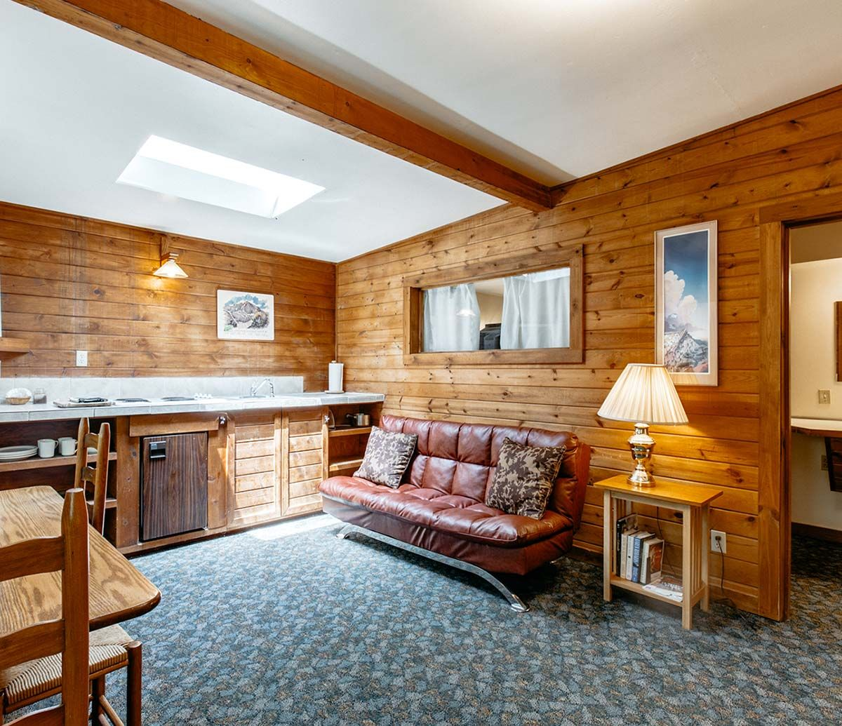 Adventure Lodging In Boulder Colorado Awaits Lodging Adventure Vans Experiences And Events All Available At The A Lodge In 2020 Lodges Bouldering