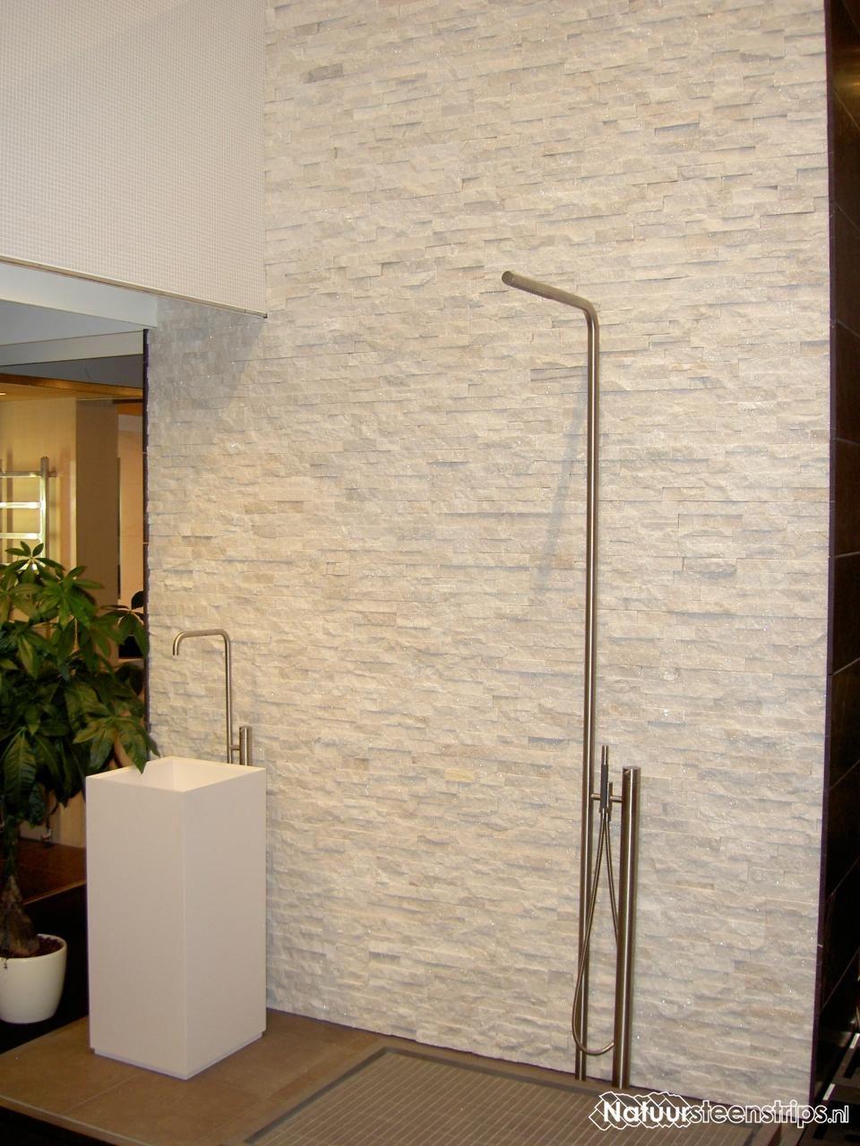 Sneeuwwit Marmer Natuursteenstrips - douche badkamer | Huizen ...