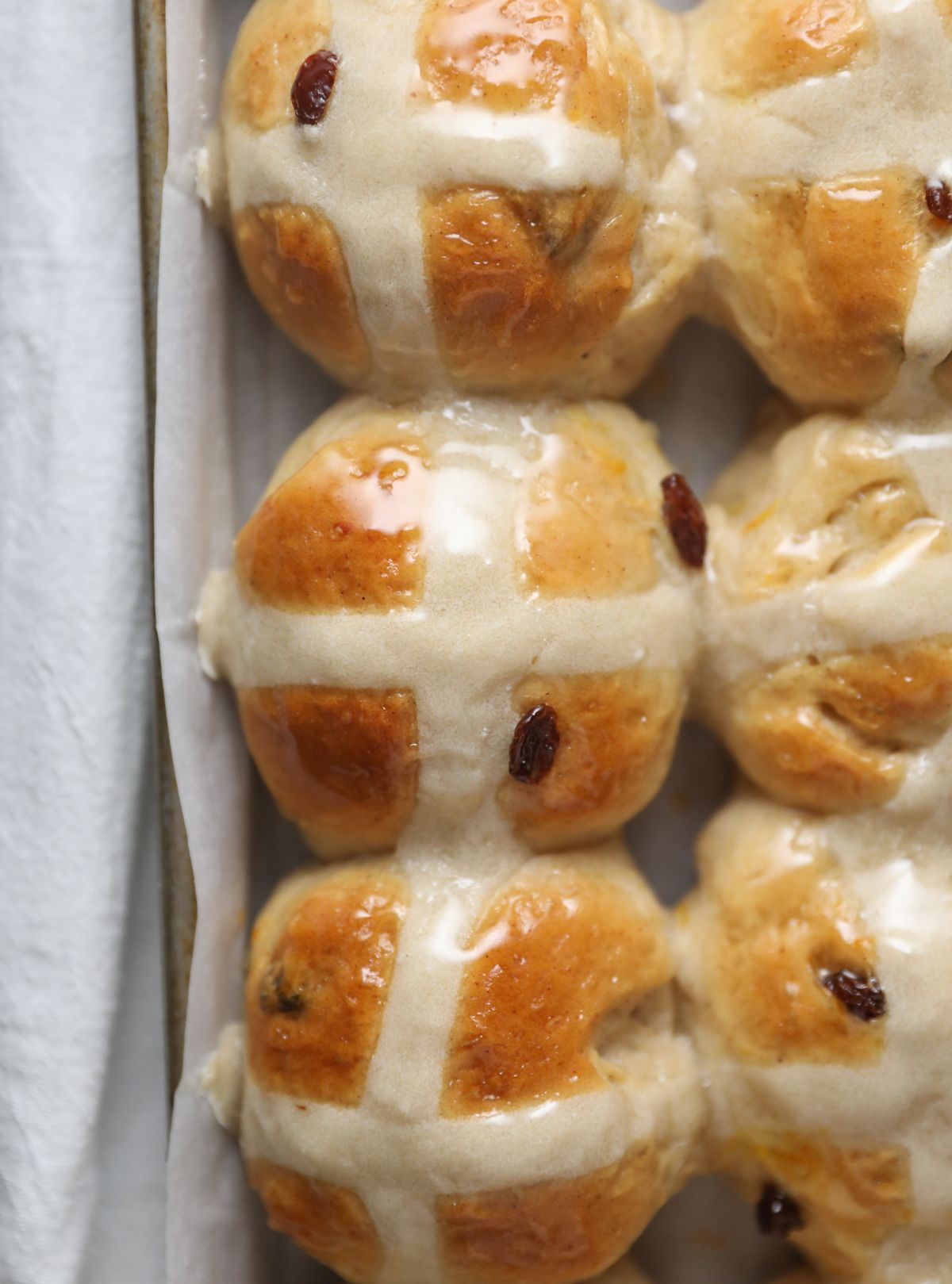 Hot Cross Buns Recipe | Lauren's Latest
