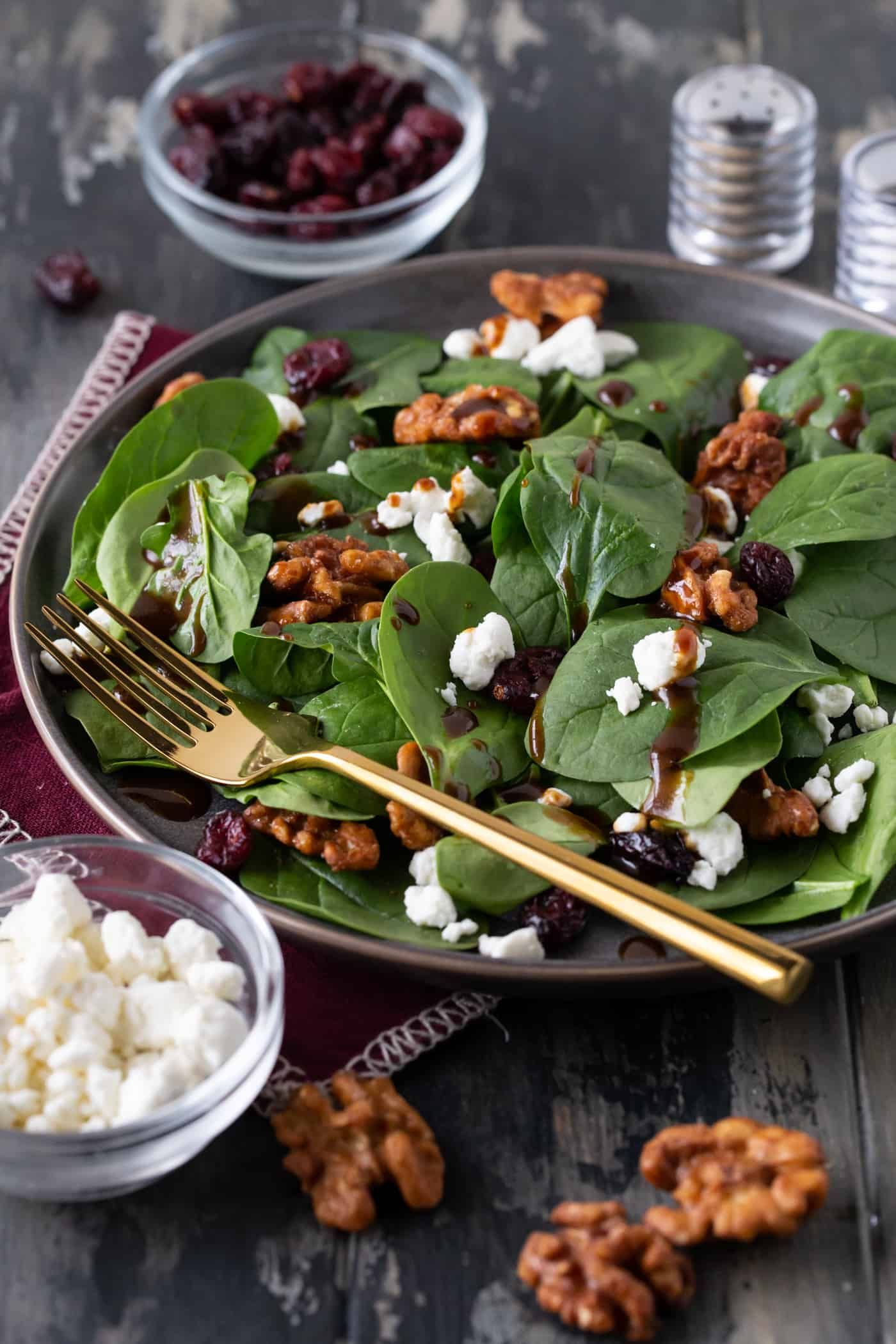 One Bite Of This Spinach Salad With Goat Cheese Craisins