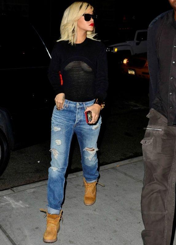 63d9928e0f6035 Rihanna. In love with this. Timberlands. Boyfriend jeans. Alexander wang  mesh top.