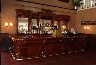 Ideas For An Old Fashion Saloon Bar | This Picture Shows The Vintage Style  Wooden