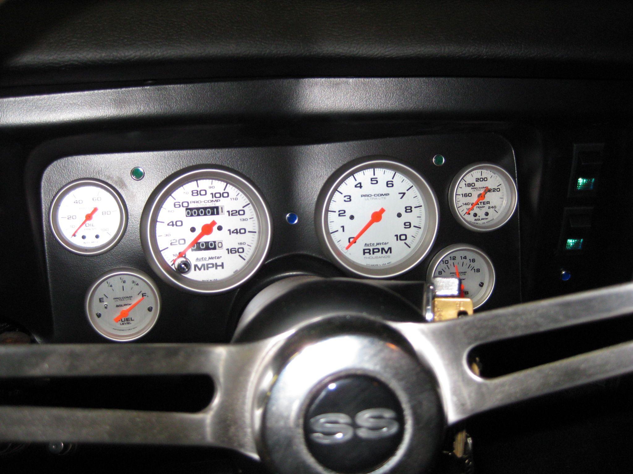 1969 Chevelle. Classic Dash Install with Auto Meter Silver Pro Comp ...