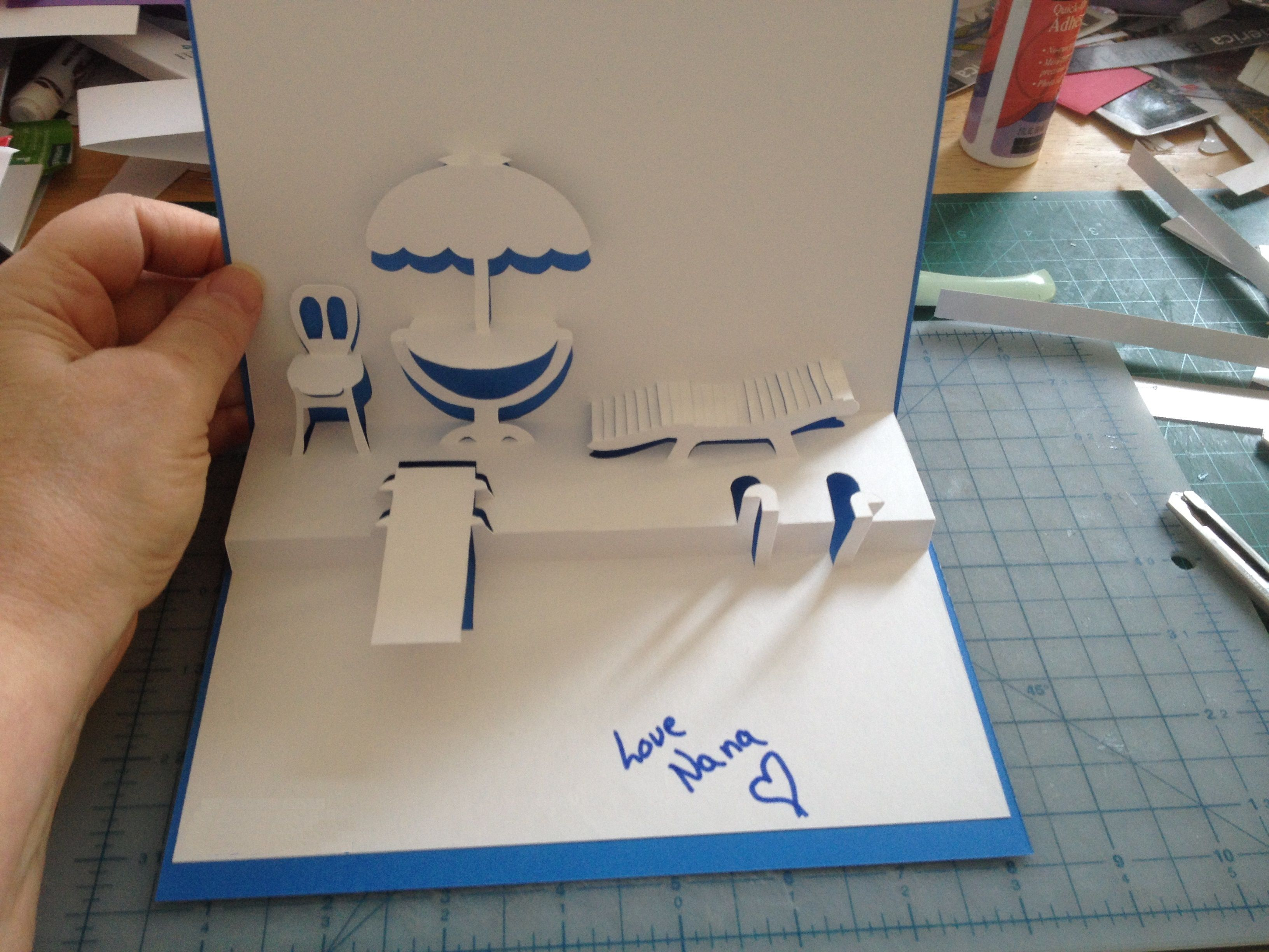 Swim Pool Pop Up Card Template From Cahier De Kirigami No 4 By Naomiki Sato Nana Cards