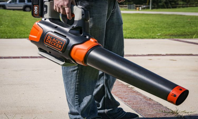 Best Cordless Leaf Blower Reviews (Buying Guide 2019