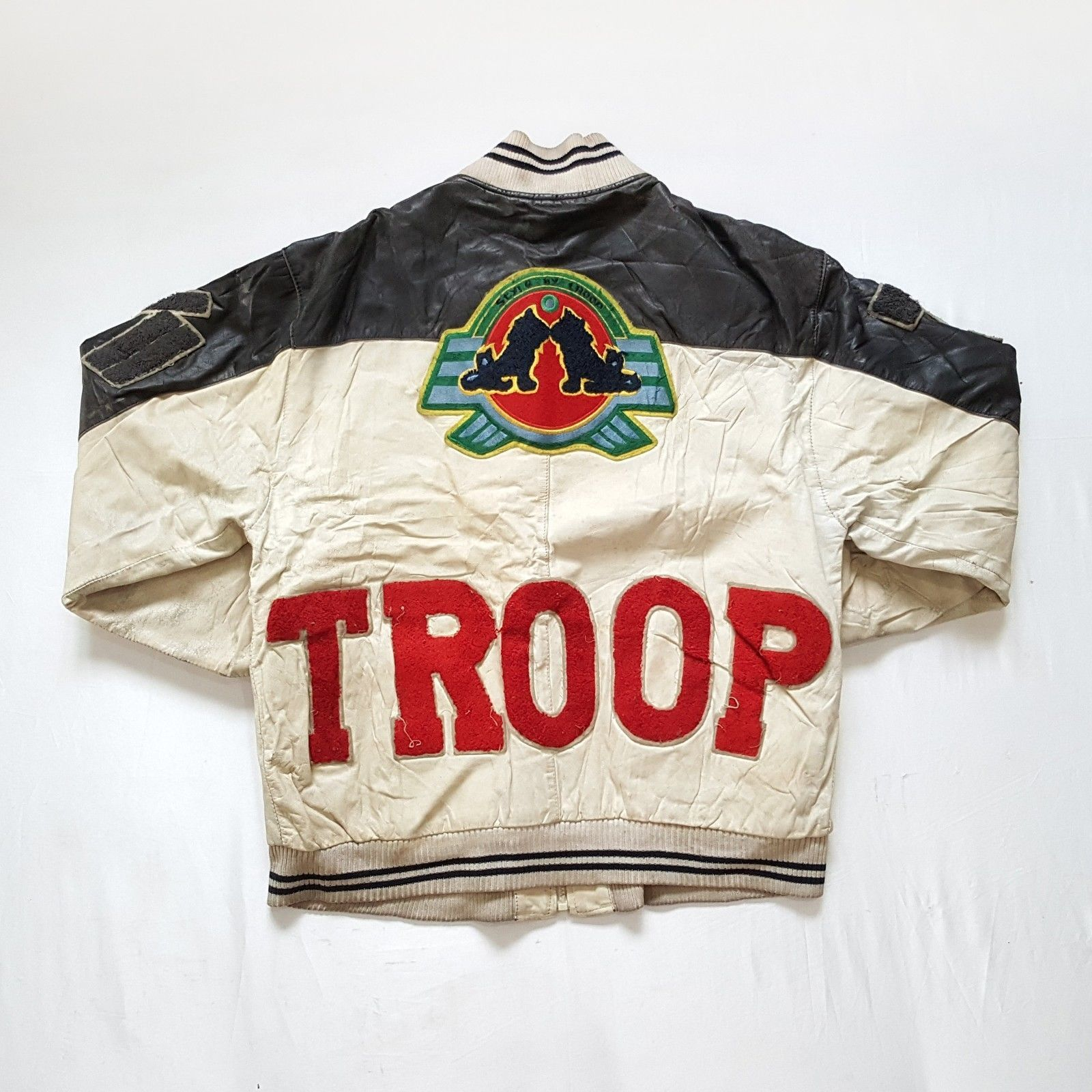 Vintage 90s World Of Troop Leather Bomber Jacket On Vtg90s Ebay Store Http Www Ebay Com Itm Vintage 9 Leather Bomber Jacket Leather Bomber Mens 90s Fashion [ 1600 x 1600 Pixel ]