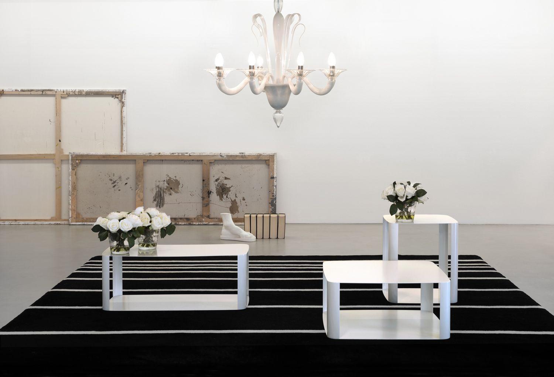 Elegantissimi tavolini in misure offset memedesign