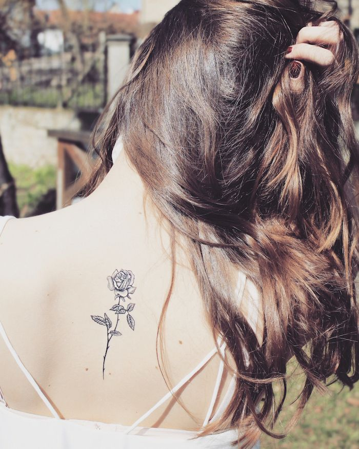 1001 Designs Minimalistes D Un Tatouage Femme Discret Tattoo