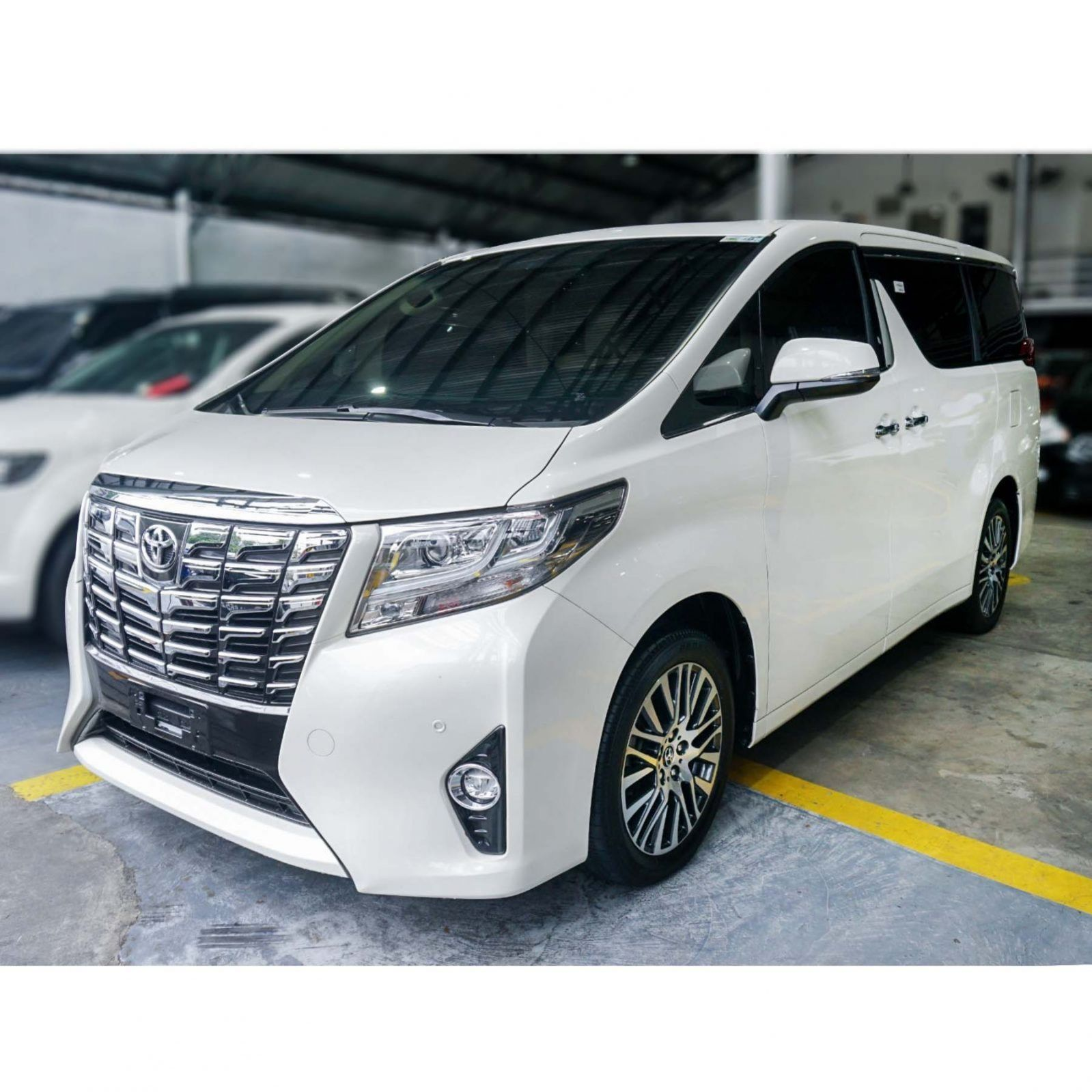 2018 Toyota Alphard First owner Automatic Transmission 3
