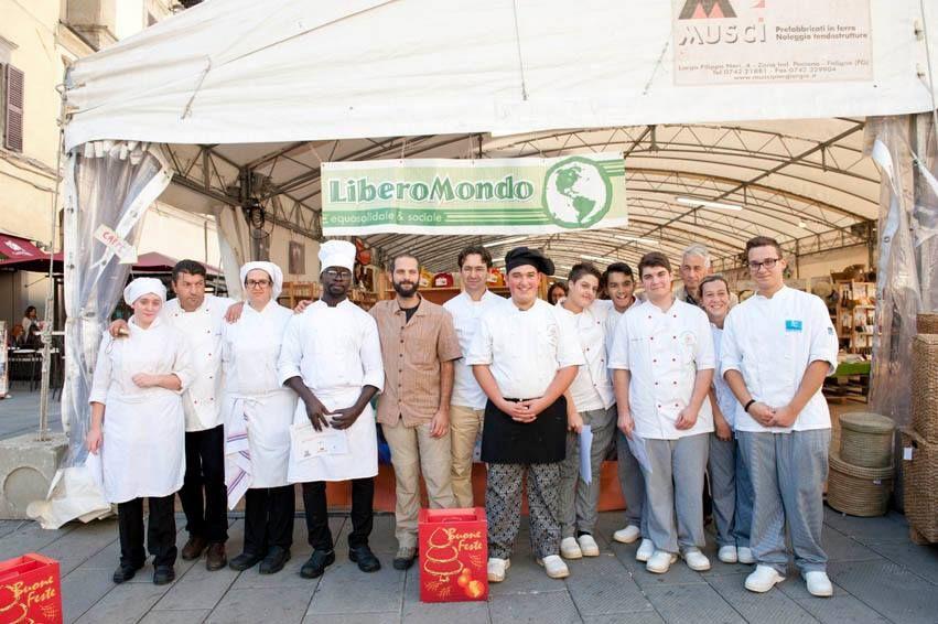 #Altrocioccolato 2013 - Tutti in partecipanti al concorso di pasticceria #equosolidale. Tutti bravissimi!