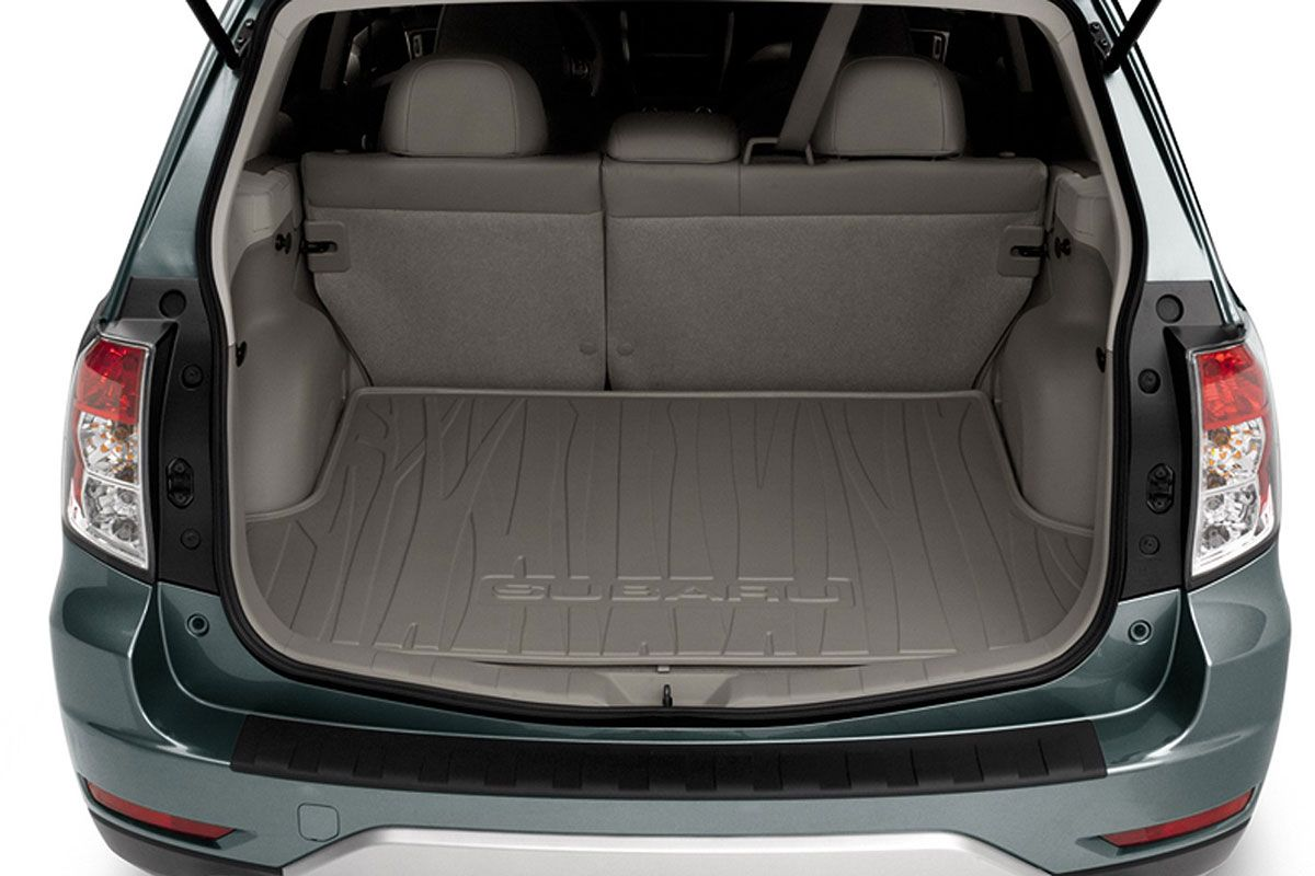 subaru forester had a much bigger boot compared to the xv subaru forester subaru compact suv pinterest