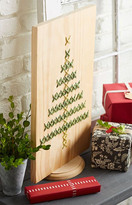 Weave this casual Christmas decoration into a pine board in an afternoon for years of holiday decorating to come.