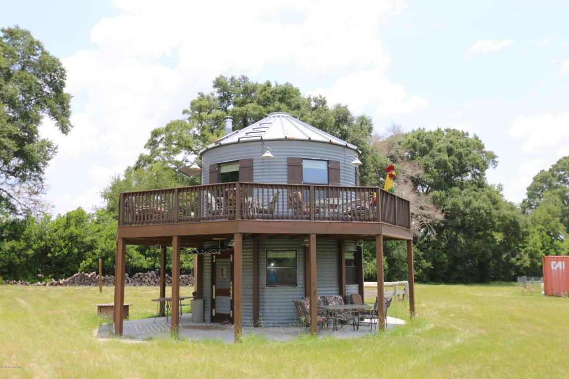 tiny homes for sale 3 petite properties across the u s favorite rh pinterest com